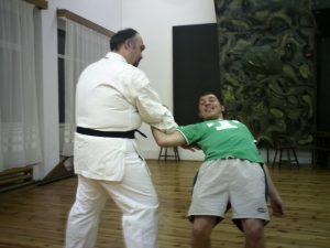 Cristian Isop la antrenament Karate Shito-Ryu cu un junior de la C.S. Columna Drobeta Turnu Severin