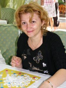 Mirela Anisie într-un concurs de Scrabble duplicat